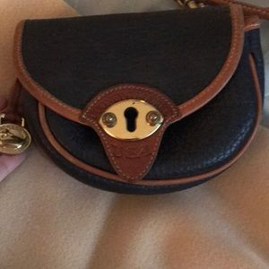Dooney & Bourke original crossbody bag